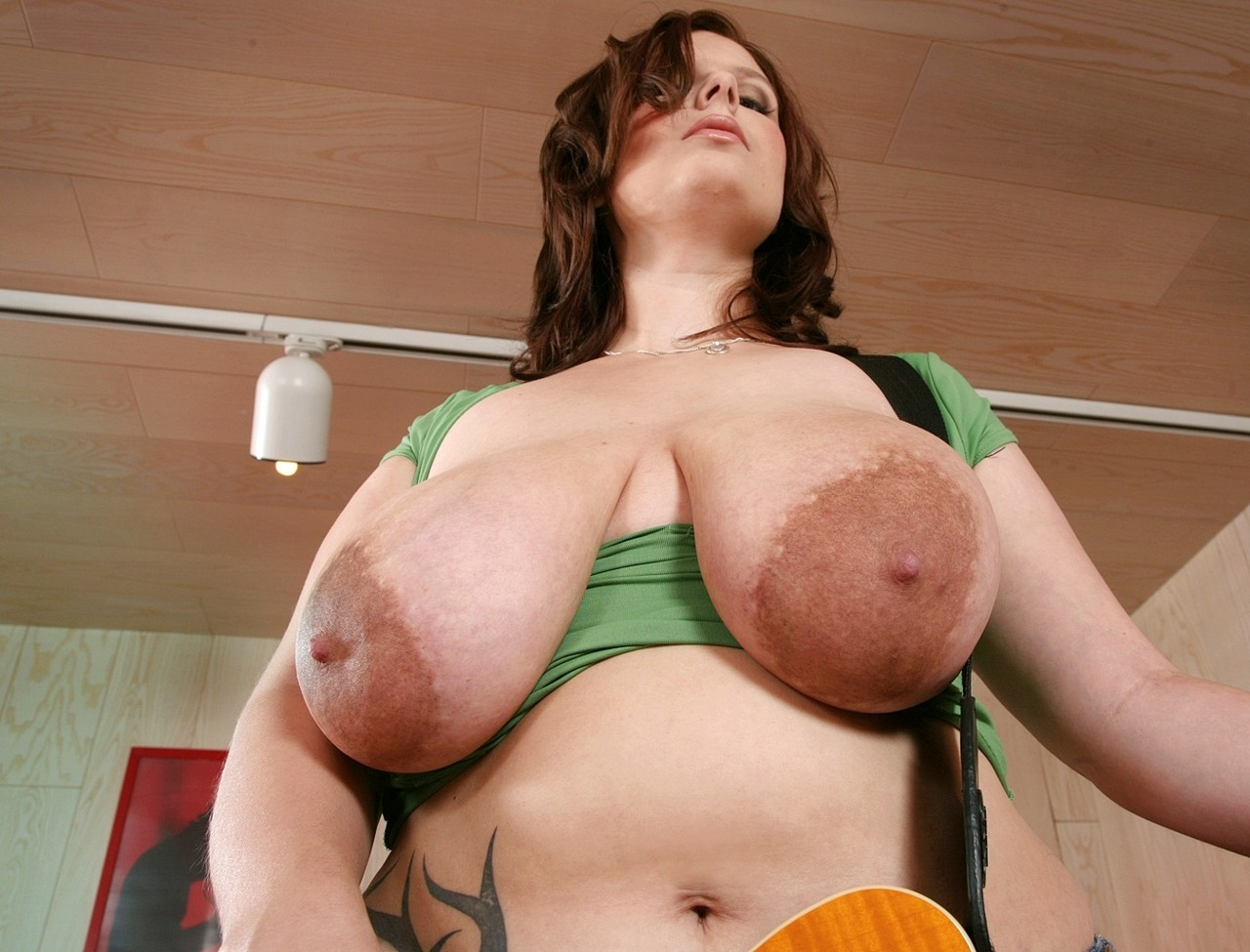Pregnant with big areolas