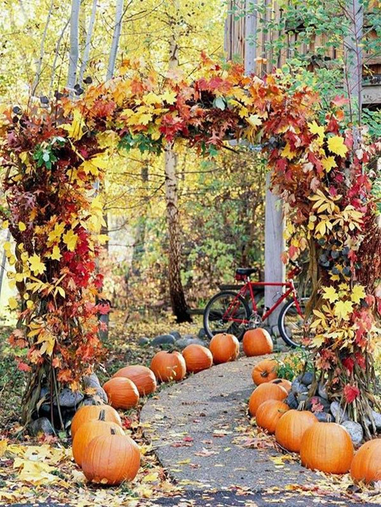pumpkin halloween wedding reception decoration ideas for autumn - Halloween Themed Wedding Reception