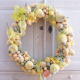 christmas wreath craft decorate artificial fruit fb Decoração de Natal   Dicas de lindas guirlandas