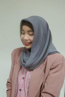 Gambar Cara Memakai Hijab Hana Dewi Sandra Langkah Ke 4 Tutorial Jilbab Lengkap