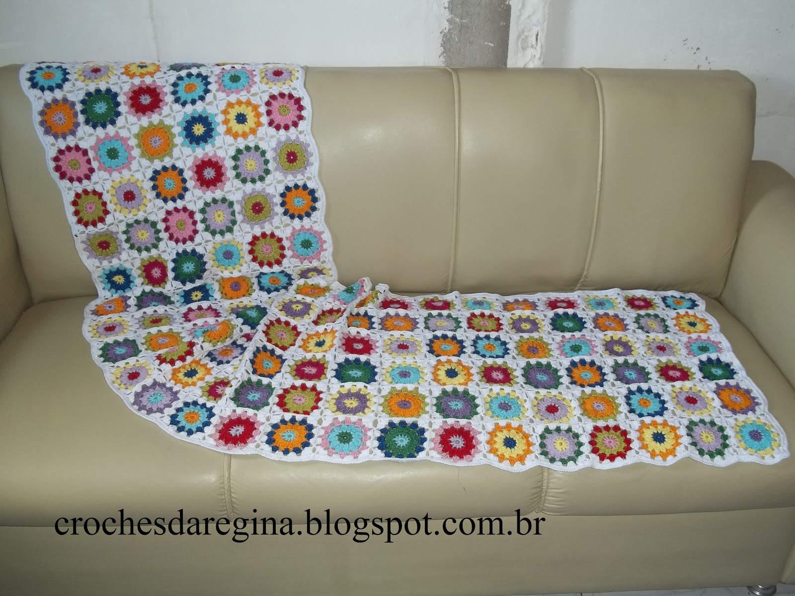 Croch s e artes da regina by regina maia manta de croch for Mantas para sofas