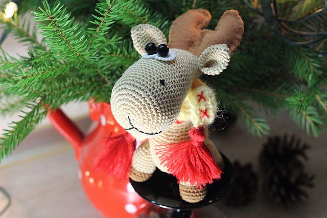 новогодние игрушки вязанные крючком