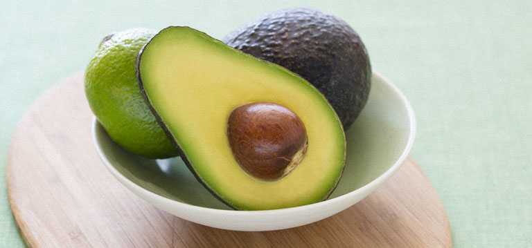 Natural cancer therapy how to grow your own avocado tree for Grow your own avocado tree from seed