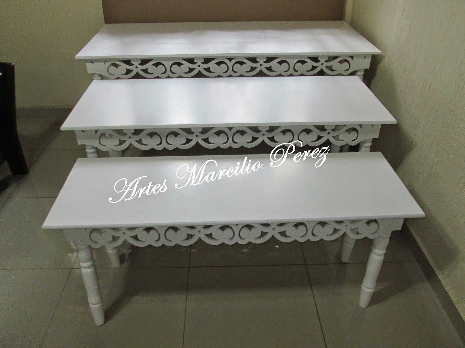 Promoção de lançamento trio de mesas trevos R$ 950,00 medidas 1.85x80x80A, 1.55x60x70A e 1.40x45