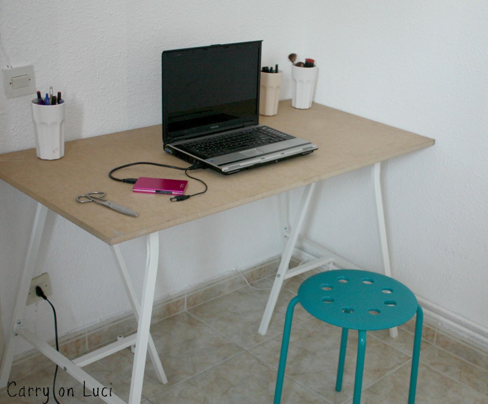 Carry on luci diy customizar mesa de escritorio for Mesa caballete ikea