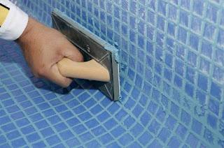 Reparación de grietas en piscinas