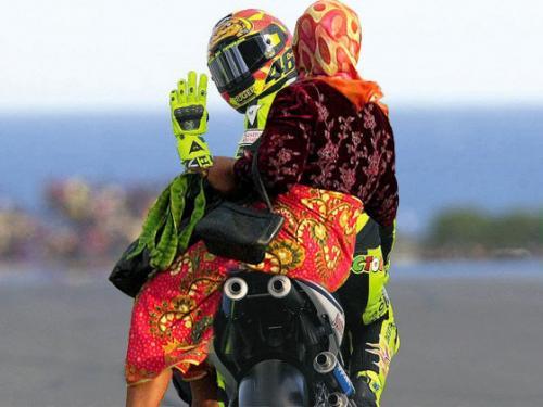 Gambar Lucu MotoGP