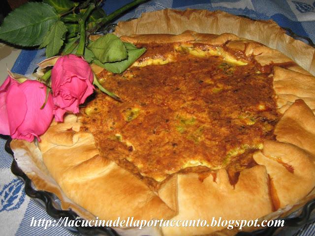 torta brisé salata alla ricotta con fiori di zucca agli aromi