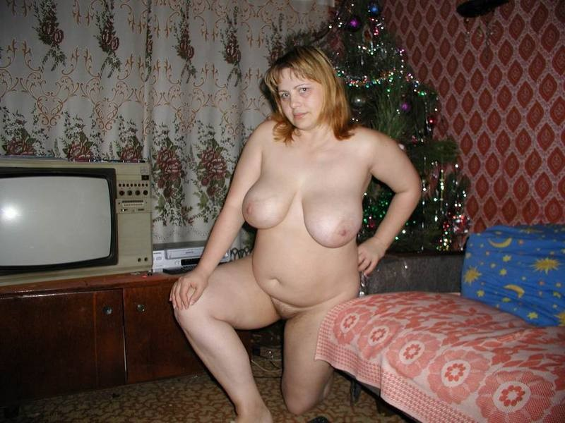 голые пышки дома фото