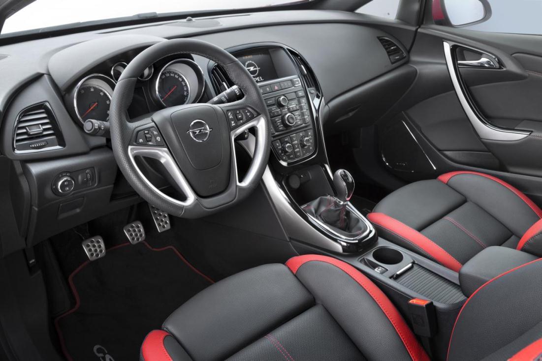Opel+Astra+BiTurbo+CDTI+2.jpg