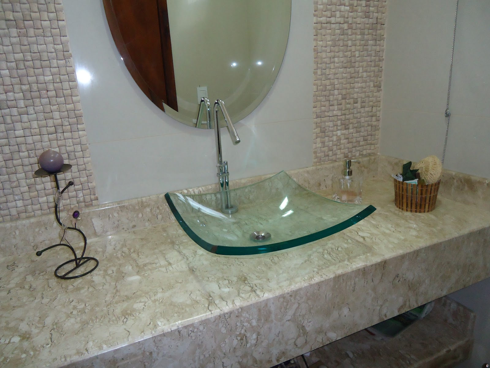 Decorar e Adorar : BANCADAS DE BANHEIRO #5A4E3C 1600x1200 Bancada Banheiro Marmore Travertino