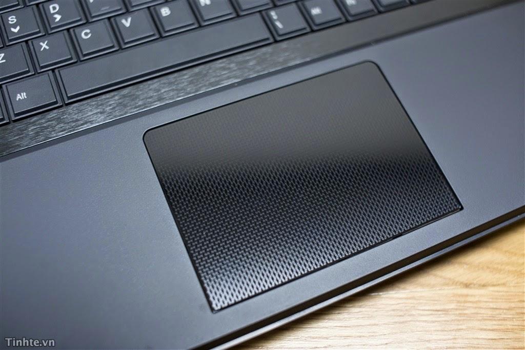 máy tính xách tay Aftershock Titan V2