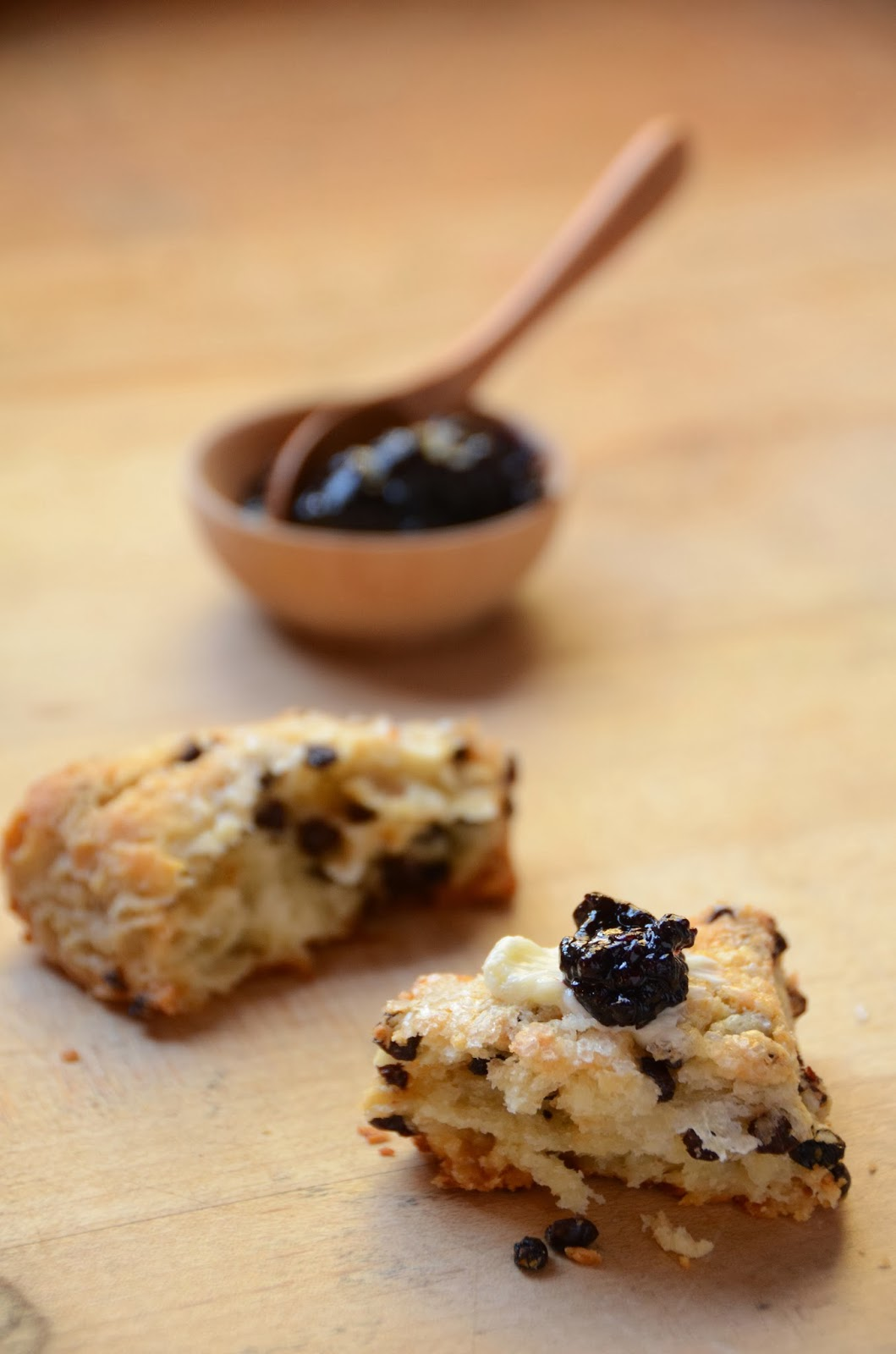 have made these scones with currants, dried cherries and anise seeds ...