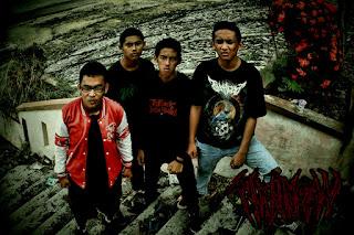 Tikungan Maut Band Metalcore Muara Taweh Kalimantan Tengah Foto Personil Logo Cover Artwork wallpaper