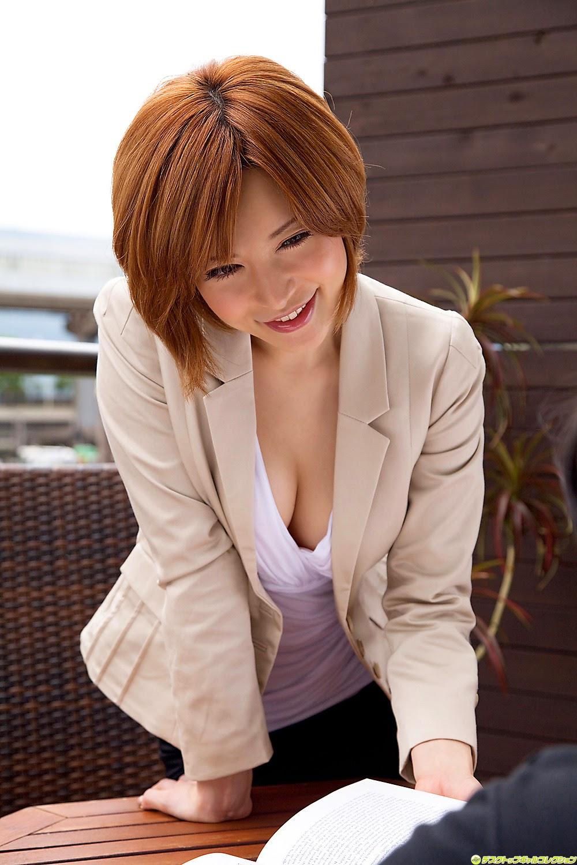 yuria-satomi-00980842