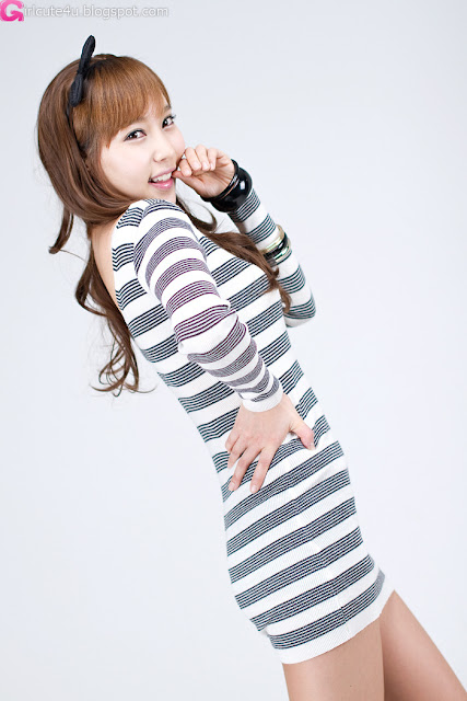 7 Im Min Young in Mini Dress-very cute asian girl-girlcute4u.blogspot.com