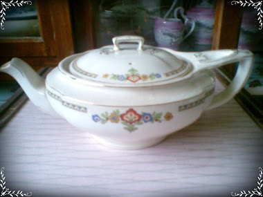TEKO CERAMIC{CHEALSEA IVORY} ENGLAND FOR SALE