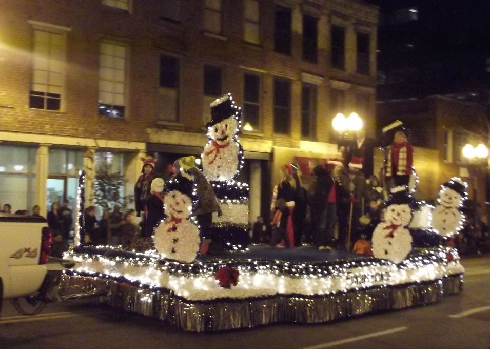 honorable mention 2 2011 knoxville christmas parade