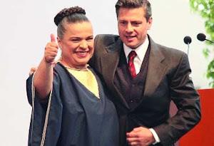Se registra Beatriz Paredes como precandidata del PRI al gobierno del DF.