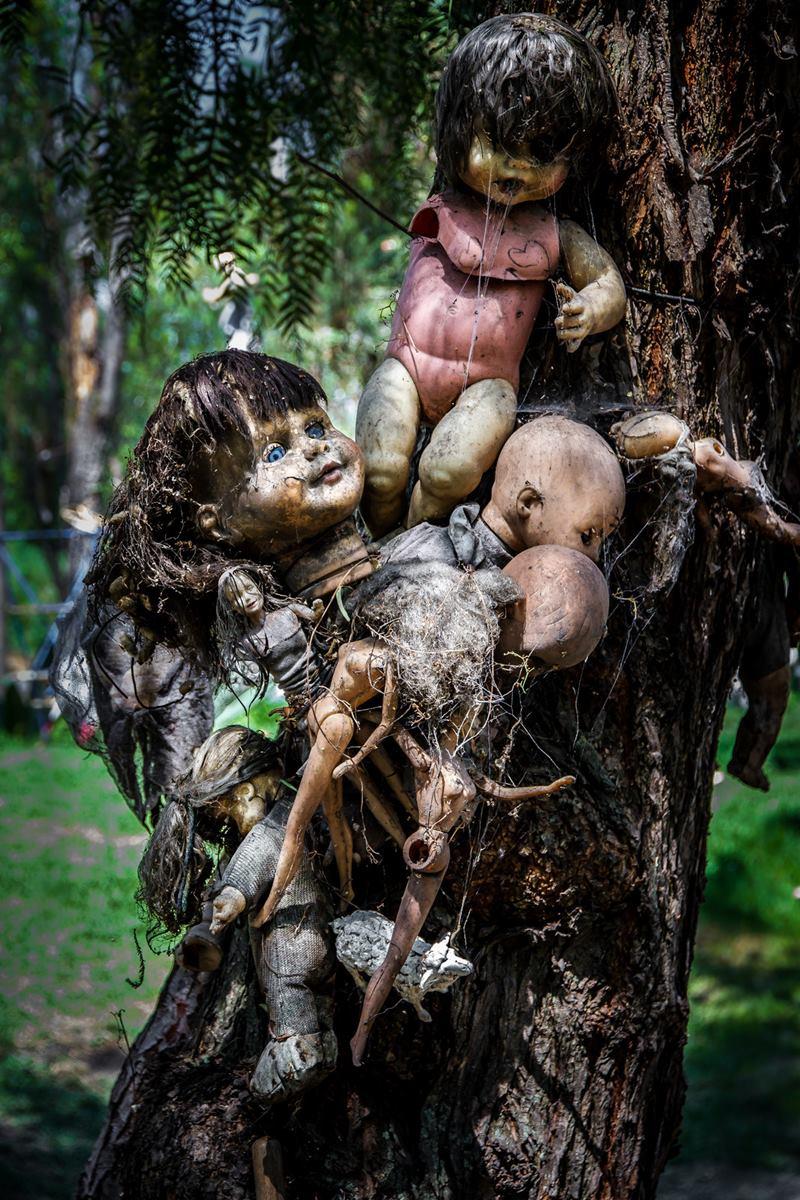 scary dolls island