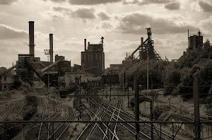 ArcelorMittal wil de twee hoogovens in Luik en Ougrée sluiten.