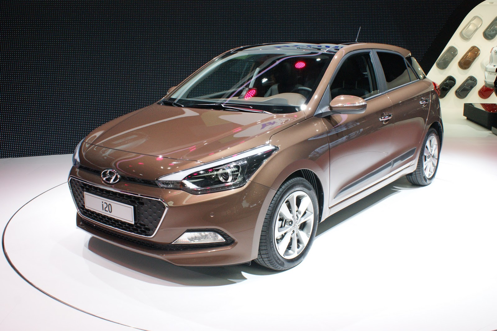 new hyundai i20 promises euro tuned chassis comfort oriented ride carscoops. Black Bedroom Furniture Sets. Home Design Ideas