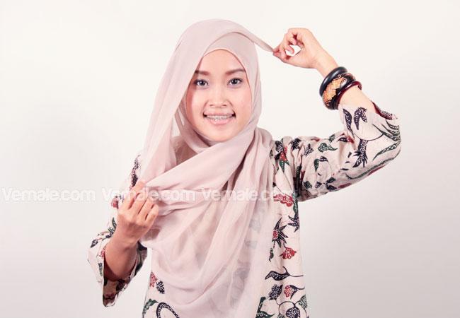 Tips Jilbab Segi Empat | HAIRSTYLE GALLERY