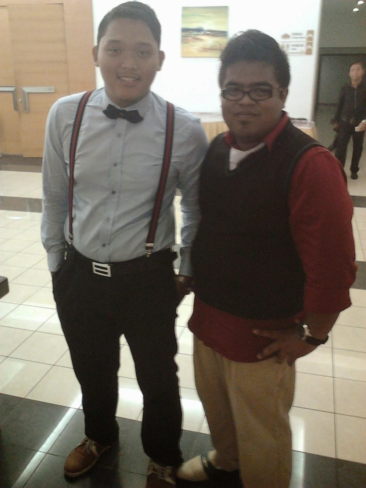Dengan Izzat Amir wakil kelas kami