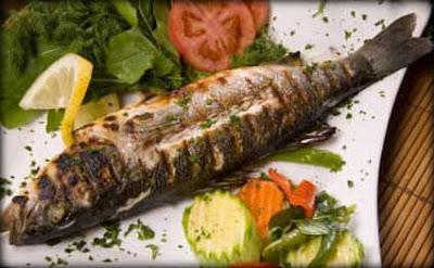الأسماك الدهنية مفيدة للأمهات الحوامل