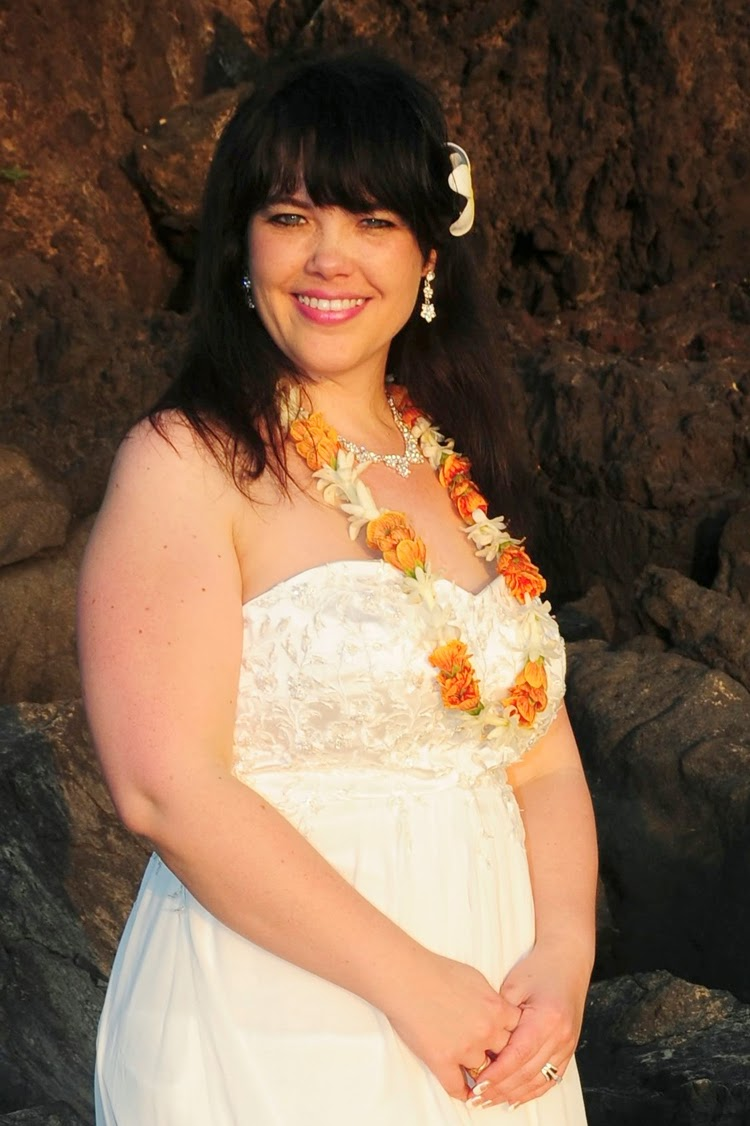 http://bridesofhawaii.blogspot.com/2014/02/julie.html