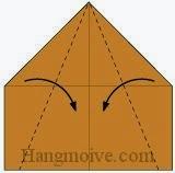 Bước 8: Gấp chéo hai cạnh giấy vào trong.