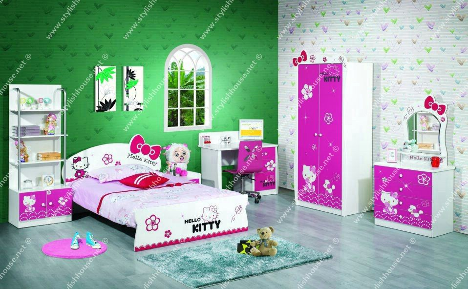 Stylish bedroom for little girls