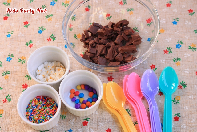 What you need to Make Chocolate Spoons