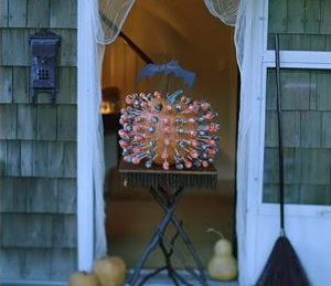 Lollipop Trick Or Treat Pumpkin Holder