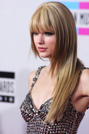 Taylor Swift Natural Hair, Long Hairstyle 2011, Hairstyle 2011, New Long Hairstyle 2011, Celebrity Long Hairstyles 2013