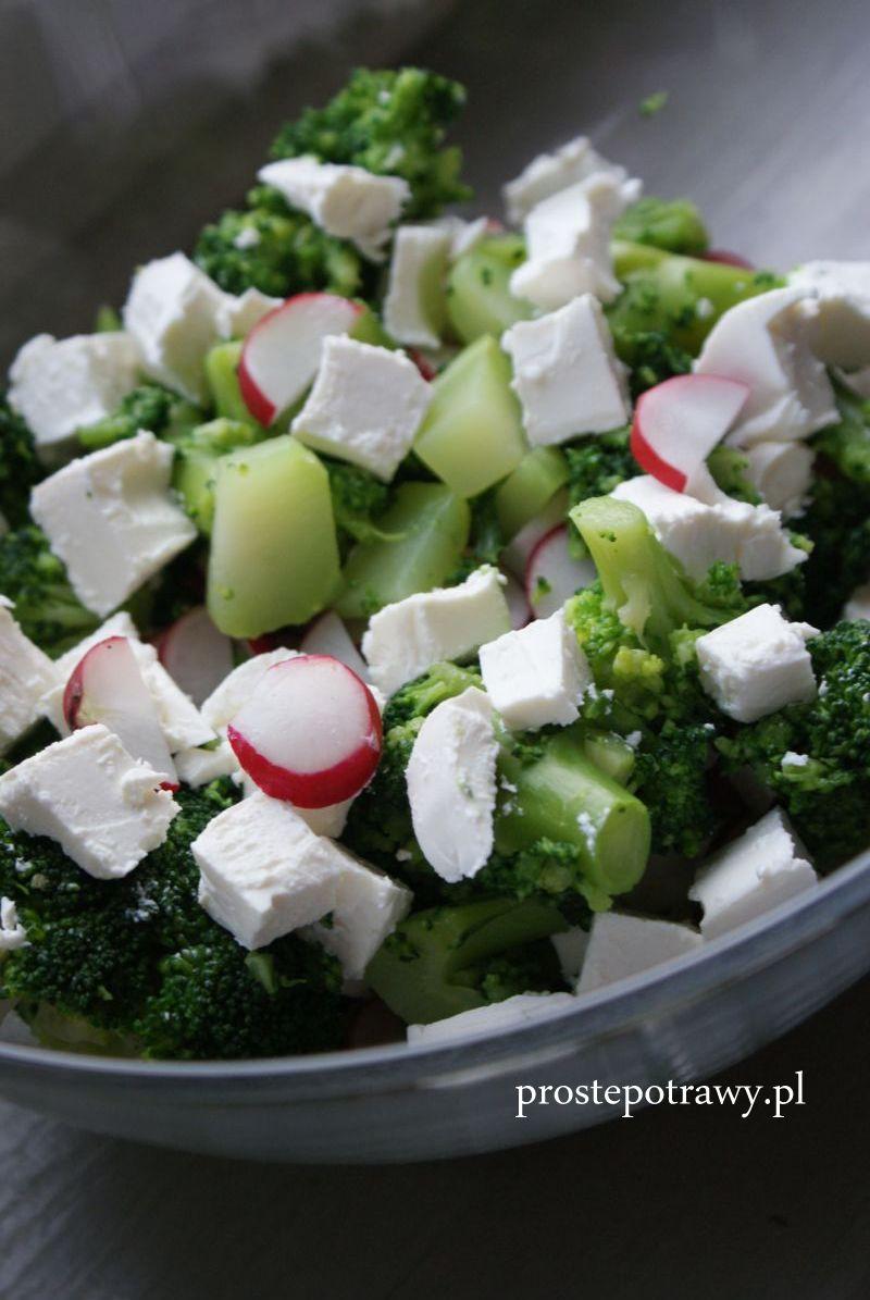 Proste Potrawy Salatka Rzodkiewka Brokul I Feta