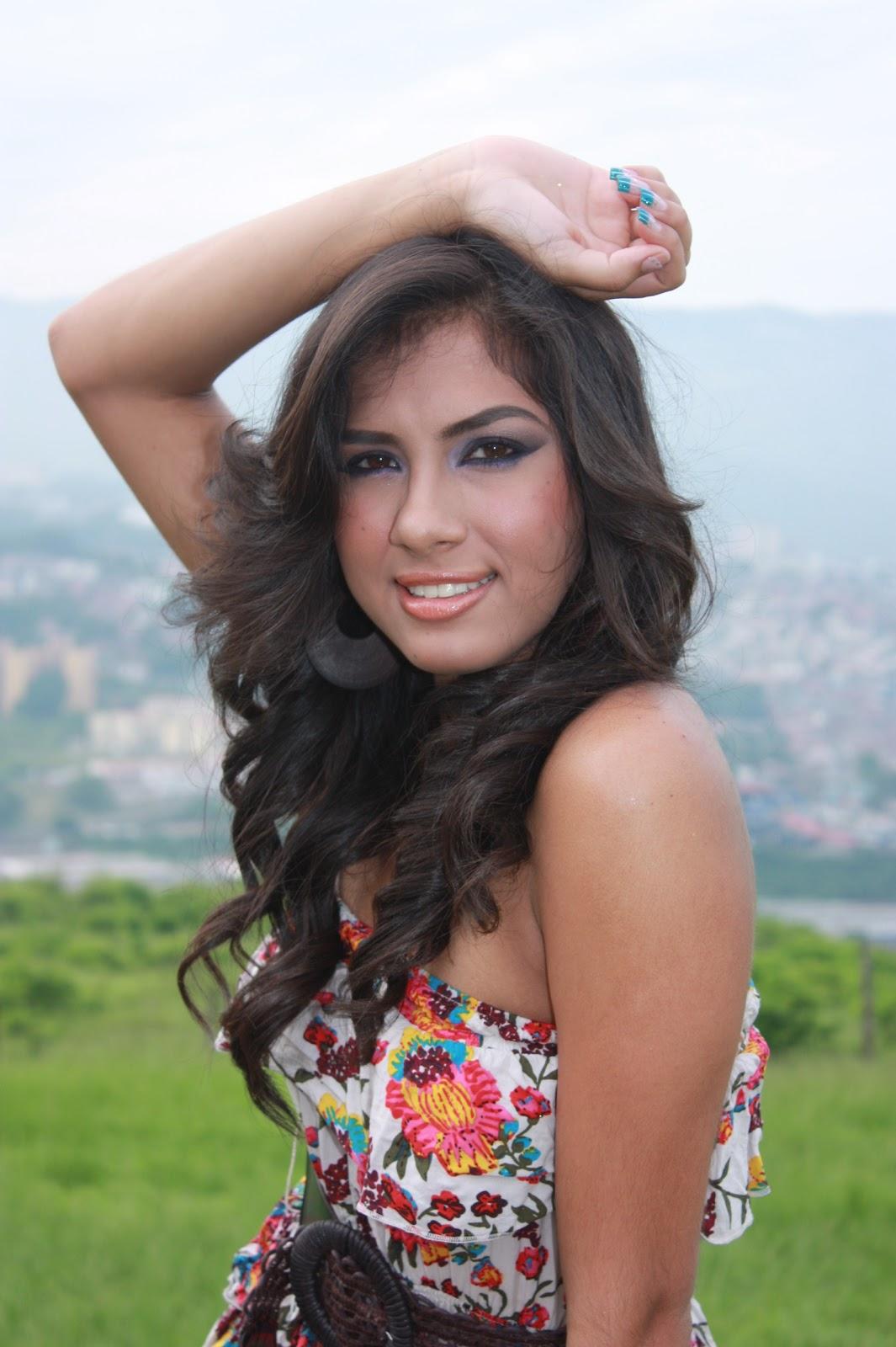 Andrea Restrepo • Page 4 • TTL • YFM - models-forum.org