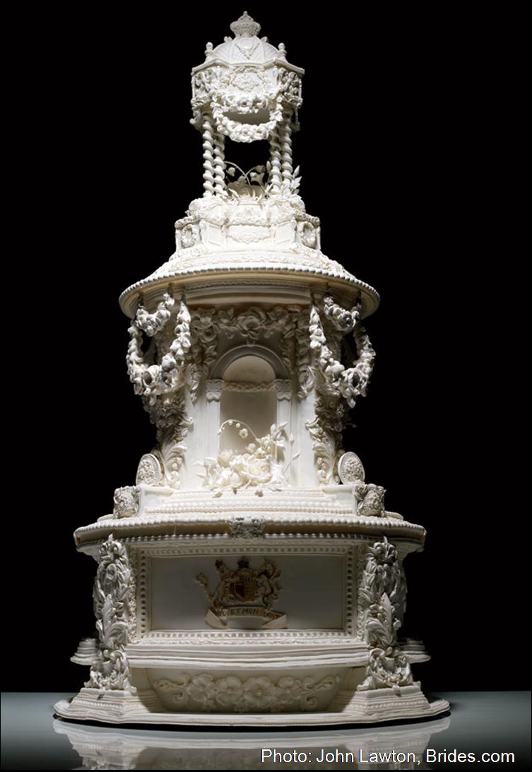 Queen Vitorian Weddiing Cake