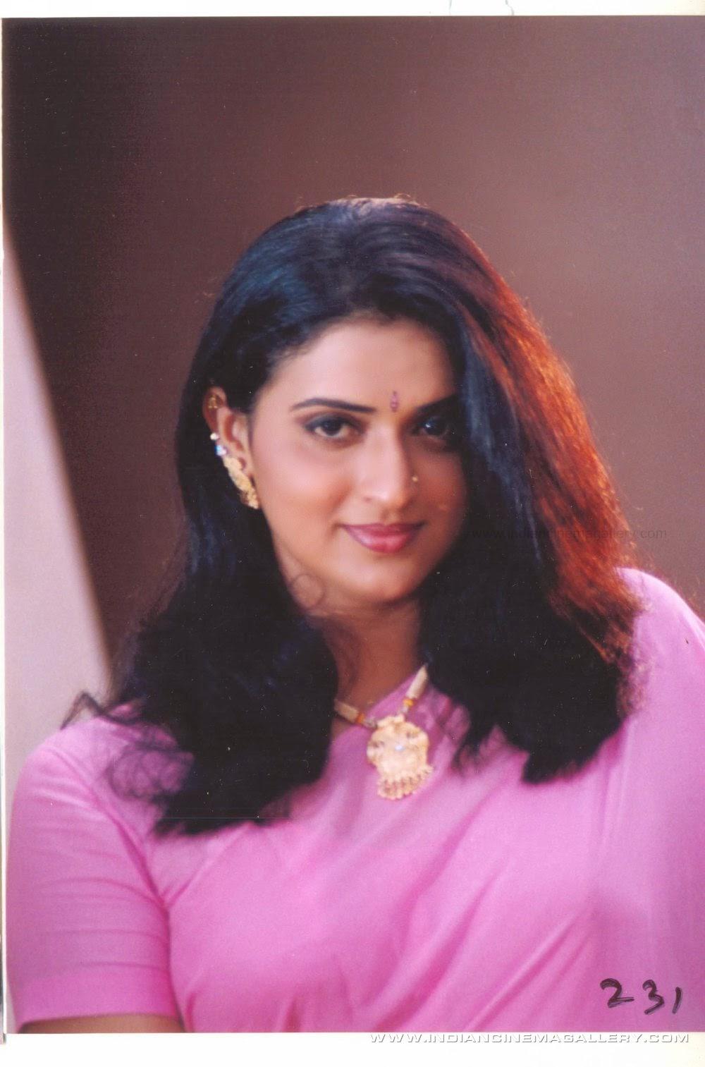 Sexy Kannada Schauspielerin Pavitra Lokesh