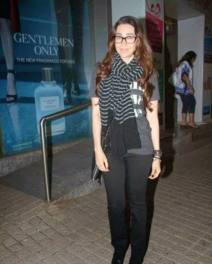 Karisma Kapoor and Kareena Kapoor Spotted together