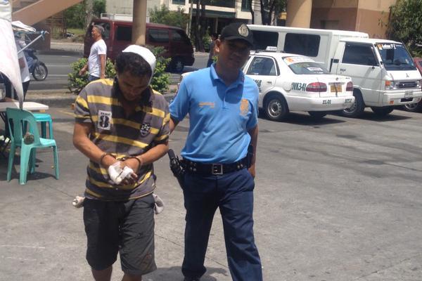 Robber arrested Estrada home