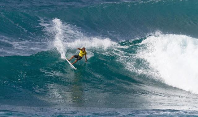 35 Vans World Cup of Sufing 2014 Granger Larsen Foto ASP