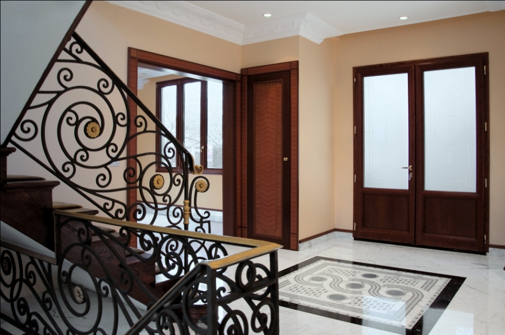 HMH Iron Design HMH Iron Design Interior Railings