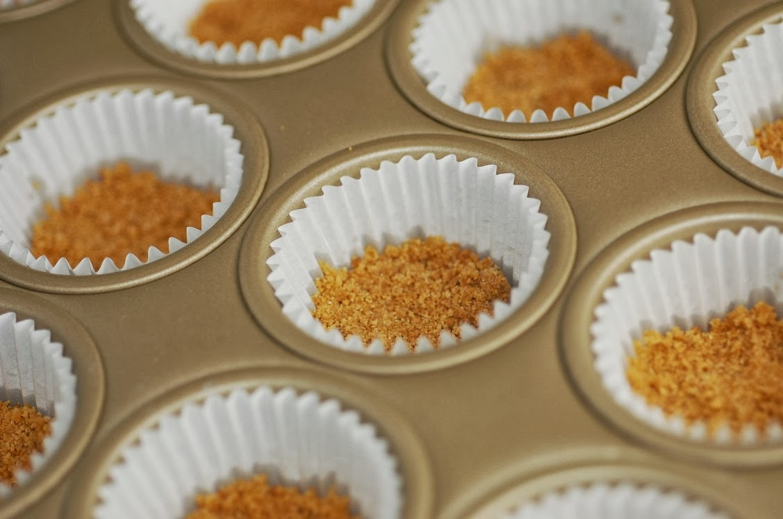 The Hungry Alaskan: Pumpkin Pie Cheesecake Bites with Salted Caramel ...