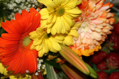 Summer Elements: sunny flowers :: All pretty Things