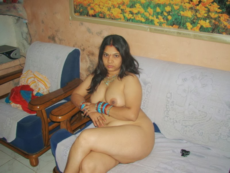 colombian girl self shot nudes