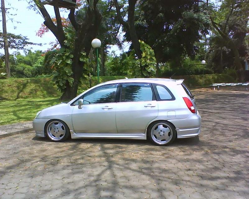 Modifikasi Mobil Suzuki Aerio Ceper