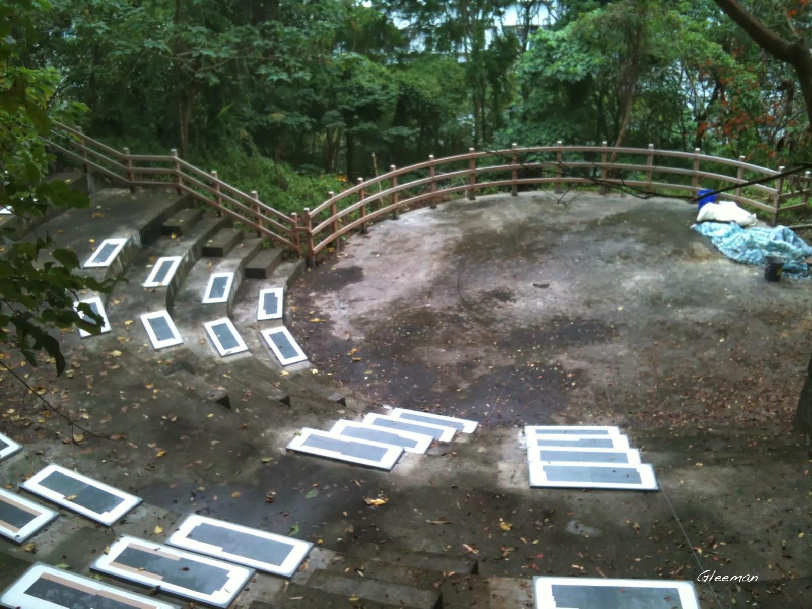 圓形廣場整修。
