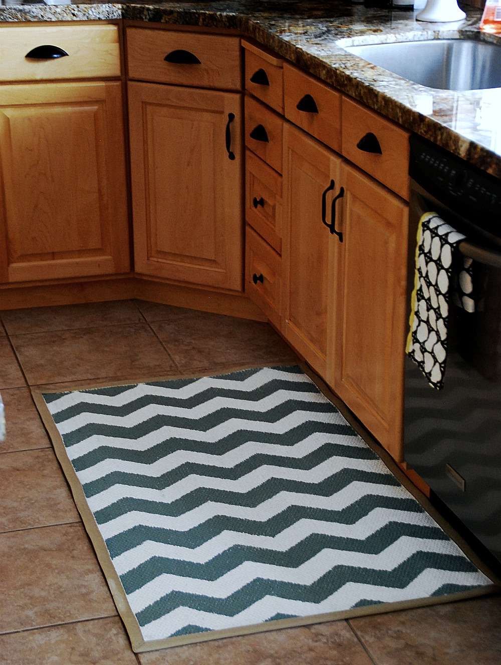 Painted Chevron Rug Reveal Tutorial
