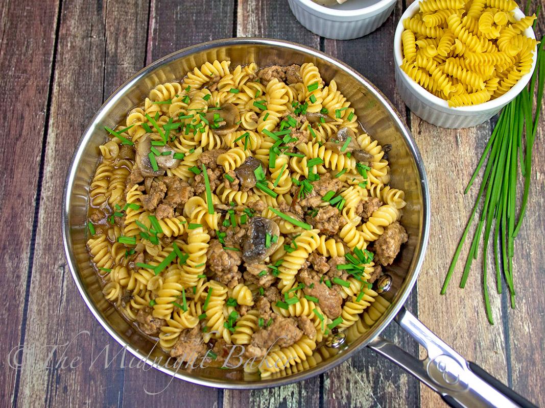 Ground Beef Pasta With Gravy